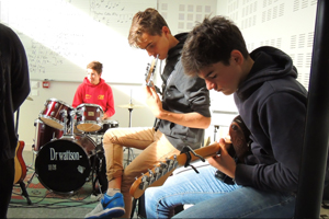 10-concert-music-box-scene-le-rio-montauban