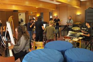 12-concert-music-box-scene-le-rio-montauban